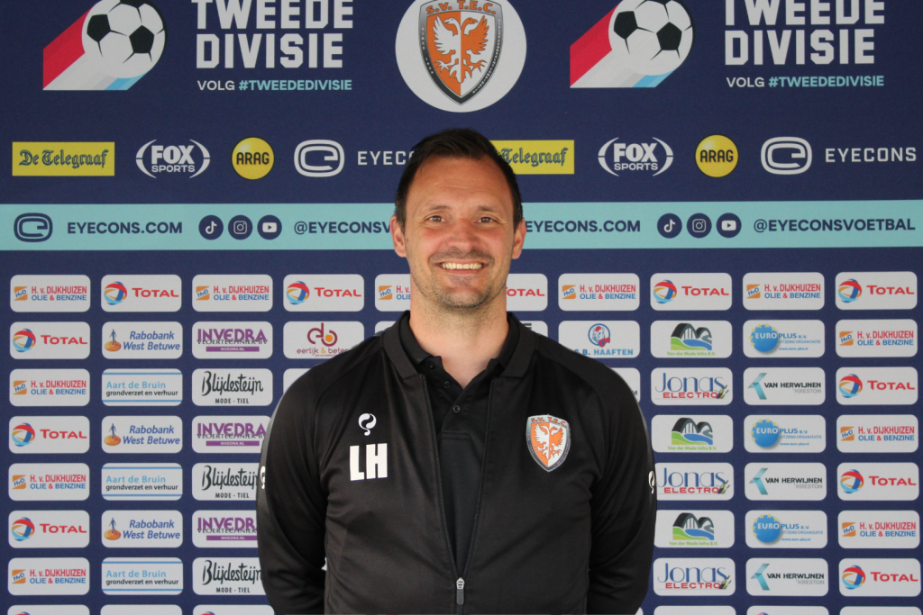 Léon Hese assistent trainer TEC